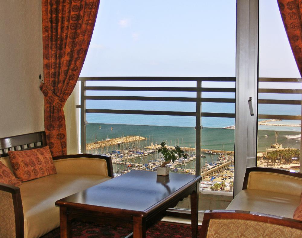 Renaissance_Hotel_Tel_Aviv (1)